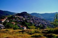 Добри новини – Семейство от Холандия влюбени в Родопите, стават почетни жители на Момчиловци - България