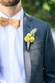 МЛАДОЖЕНЕЦЪТ И СВАТБАТА - ЗАСТ ПЪРВА - Младоженецът също трябва да поема отговорности, не само преди, но и по време на сватбата. През последните години, откакто сватбата стана едно от най-важните събития в живота на хората, традиционните задължения станаха много повече, но и младоженците правят много повече, за да помогнат на своите булки.  - МЛАДОЖЕНЕЦЪТ