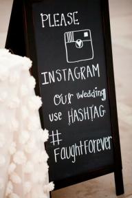 КАК ДА HASHTAG-НЕТЕ СВОЯТА СВАТБА - Социалните мрежи са идеален начин да споделите сватбените си снимки. Забравете за създаването на свой собствен сватбен сайт. Ако имате време и възможност – чудесно, но да бъдем честни, с всички останали задачи, кой би успял?! Позволете на семейството и приятелите си да споделят собствените си спомени, на място, до което всеки има достъп.  - ПЛАНИРАНЕ НА СВАТБАТА СТЪПКА ПО СТЪПКА