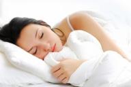 Качеството на завивките влияе ли на съня ви?  Качеството на съня зависи не само от матрака или възглавницата, но и от материалите с които са направени спалните завивки и възглавници.   http://goo.gl/tP1r9c  - За Дома