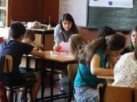 """""""Дормео"""" и """"Заедно в час"""" - шанс за всяко дете  Всяка година в България от училище отпадат ученици без да са придобили елементарна грамотност, без да са информирани за реалните перспективи за бъдещето си.   - Възглавници"""