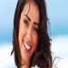 Най-съвременният метод за обличане на зъби . Коронки от последно поколение,естетично най-издържани,липсата на метална компонента ги прави хипоалергични,леки и удобни.