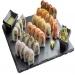 Както всичко традиционно за строгата Източна култура, консумацията на суши е ритуал изпълнен с много изисканост и прецизност. Хапване на суши е най-добре да бъде в популярен ресторант, с добра репутация на кухнята.